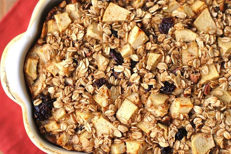 Apple cinnamon baked oatmeal | food | Pinterest