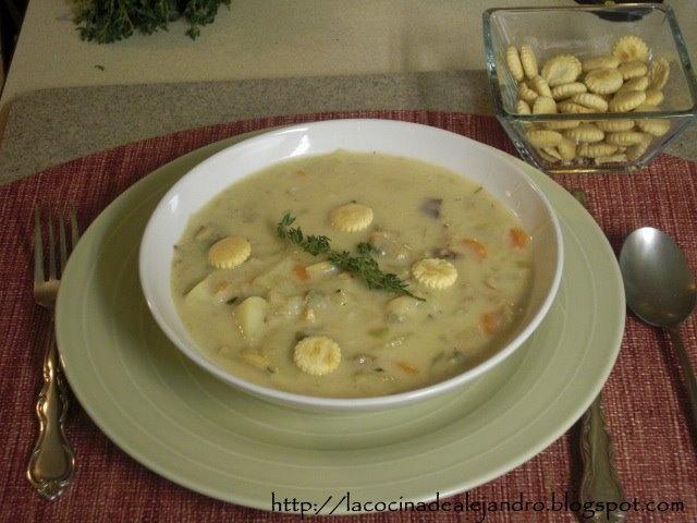 Clam Chowder, Boston Clam Chowder | Food | Pinterest