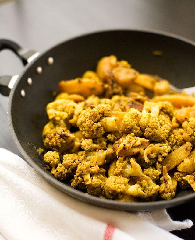 Aloo Gobhi (Potato And Cauliflower) Recipe — Dishmaps