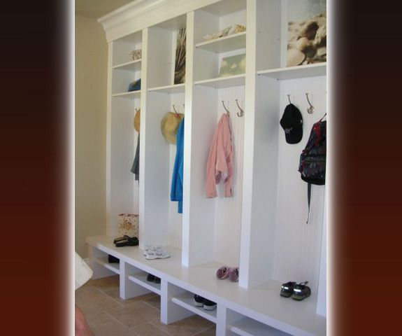 mud room shoe shelves coat hooks gettin it together