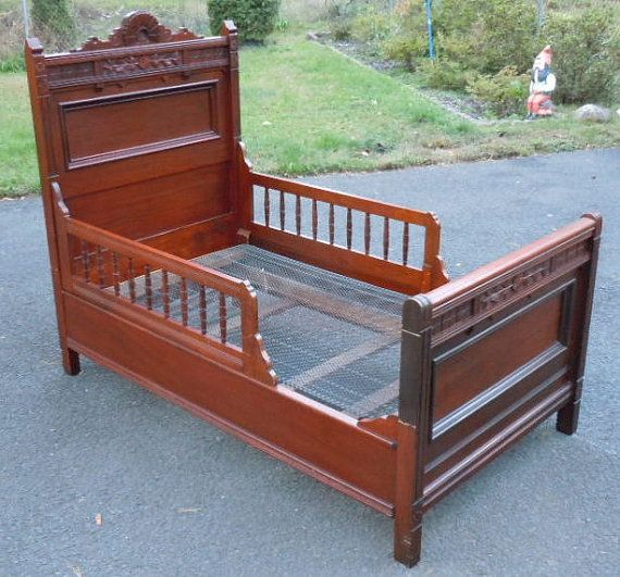 Victorian Youth Bed : Antique victorian eastlake youth childrens bed
