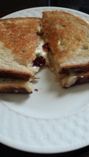 Cranberry and Brie grilled cheese | Foodie!!!! | Pinterest