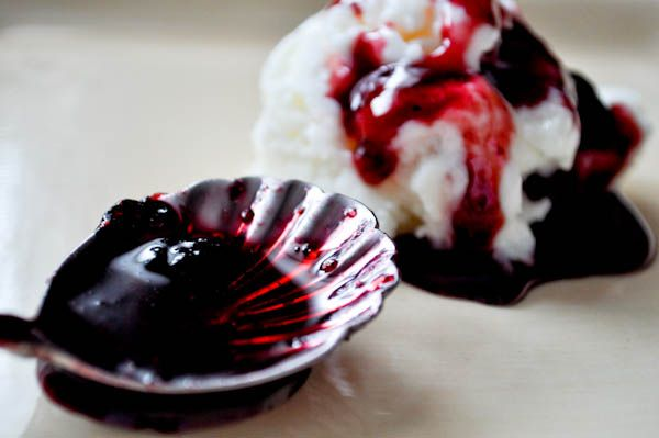 Blueberry Caramel Sauce | Sauces, Fillings, and More | Pinterest
