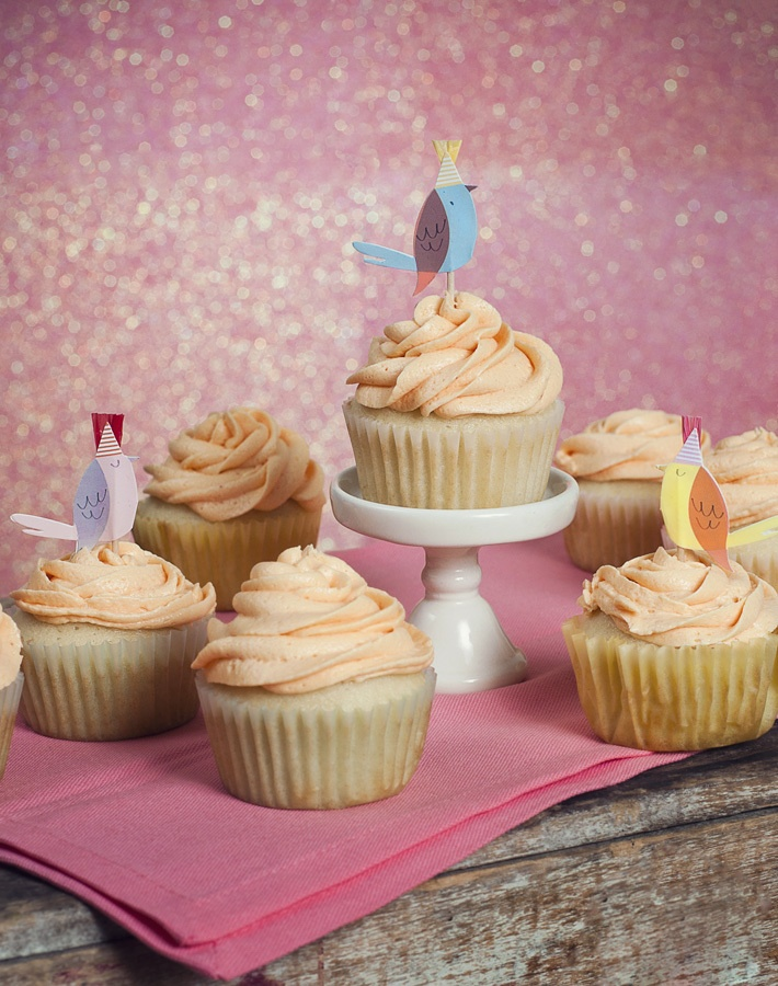 Vanilla peach cupcakes with butter cream frosting © Charlene Champion ...