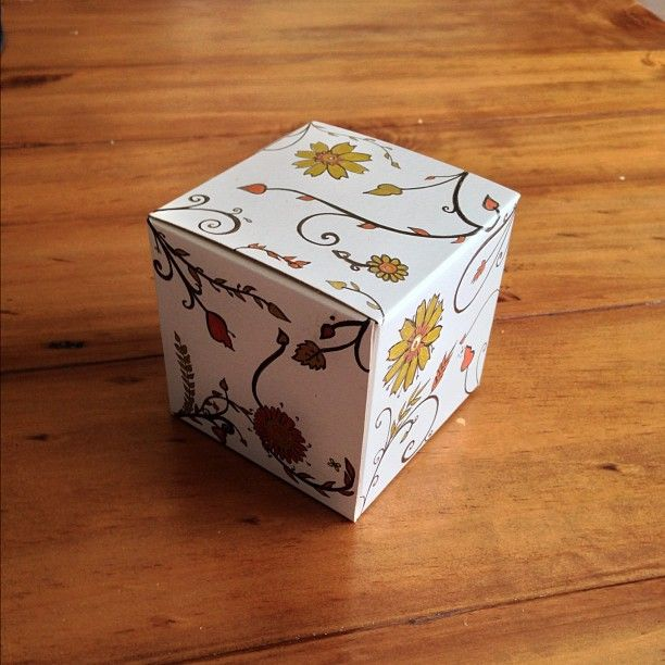 Line Art Box Design : Line drawing gift box art pinterest