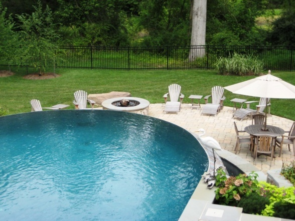 infinity edge above ground 1 pools pinterest. Black Bedroom Furniture Sets. Home Design Ideas