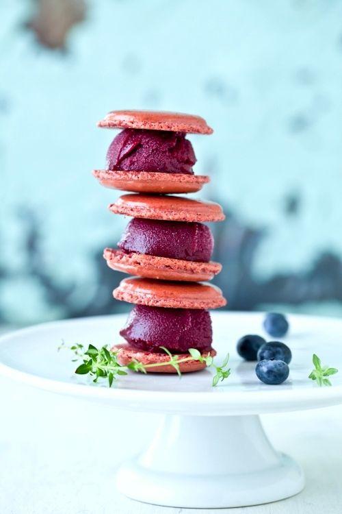 Blueberry Sorbet Macarons | Eiskaffee, Macarons, Matcha | Pinterest