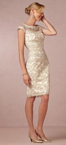 Beautiful Lace Dress for wedding or fancy night out | Friday Favorites at www.andersonandgrant.com