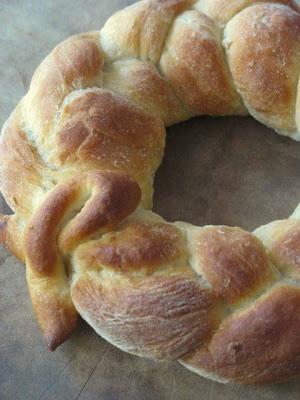 Tartelette: A New Bready Bunch: The Daring Bakers' Tender Potato Bread