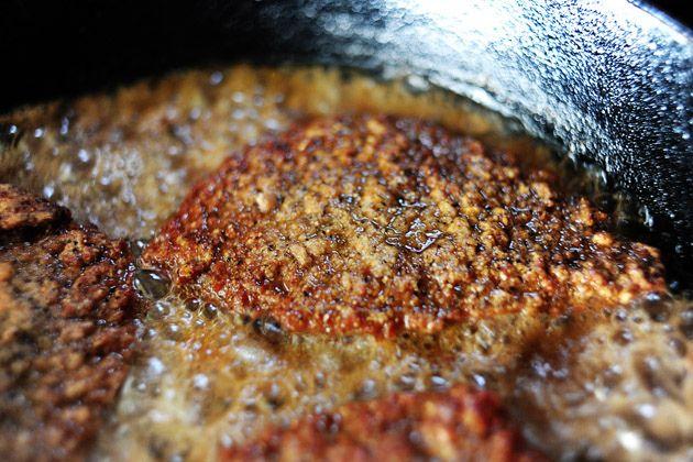 Ree Drummond's Fried Round Steak