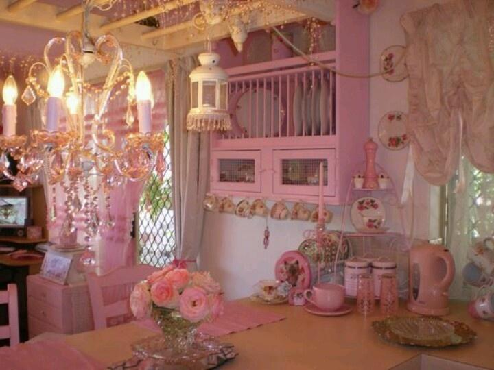 Love this Pink kitchen!  Home decor ideas  Pinterest
