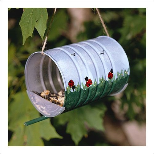 Upcycled formula tins bird feeder for the little ones for Upcycled bird feeder
