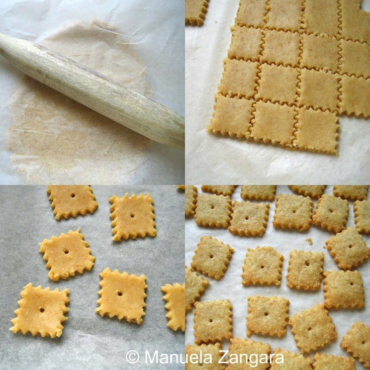 WHOLE WHEAT CHEESE CRACKERS - super easy and delicious. Won't buy ...