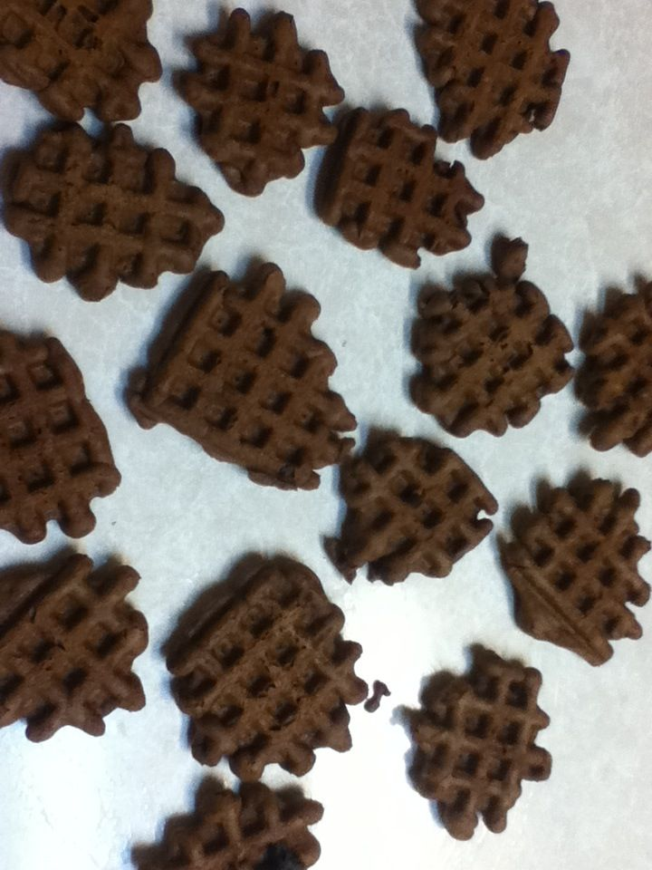 How to Cook Chocolate Waffle Cookies | Recipes etc | Pinterest