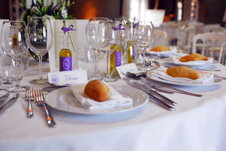 Handwritten table cards, invitations, menus and much more from Event ...