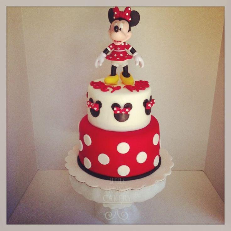 Minnie Mouse fondant birthday cake Beautiful cakes ...