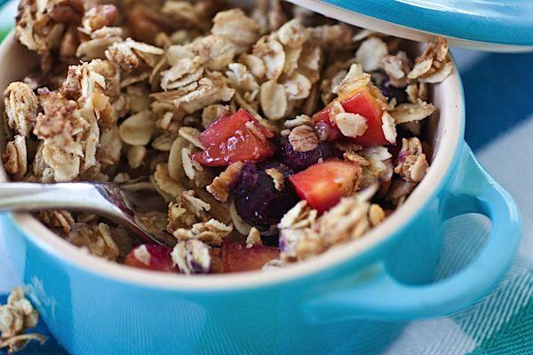 Dessert for breakfast - peach blueberry breakfast crisp - easy recipe ...