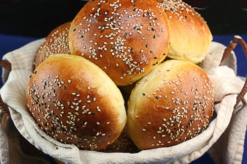 Light Brioche Burger Buns | Hunting for the Perfect Burger | Pinterest