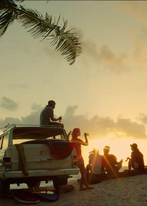 Buona serata da #Shoeshine! Su quale #spiaggia vorreste essere in questo momento?
