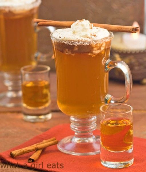 Hot apple pie drink with calvados