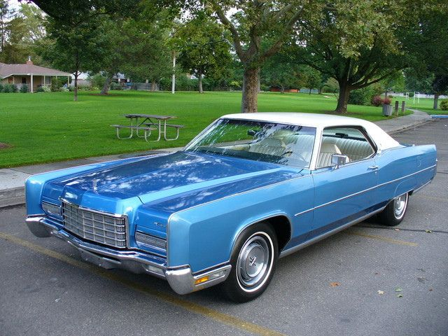 1972 Lincoln Continental 2 Door Coupe SOLD