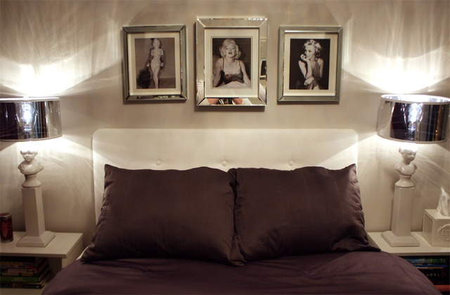Mirror framed Marilyn Monroe pics.. Great idea for a closet/vanity.