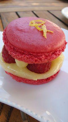 Macarons framboise, lemon curd | Dans ma cuisine | Pinterest