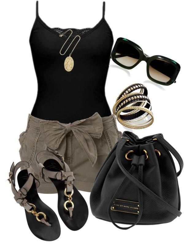 shorts and top with accessories