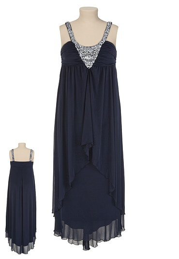 Embellished Neck Navy Dress...and if I had gone to prom this would have been it....
