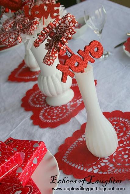 Table decor valentine 39 s pinterest for Pinterest valentine home decorations