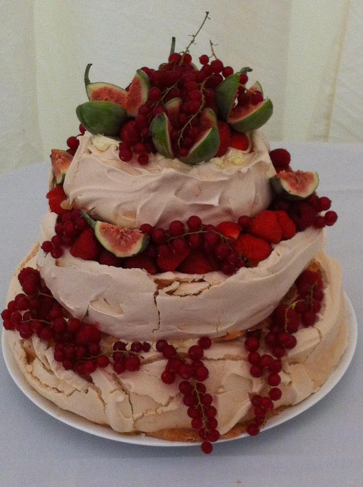 Wedding pavlova cake for the Earl of Limerick