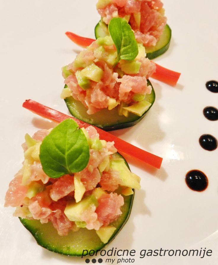 tuna tartare with avocado www.porodicnegastronomije.com