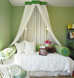 i like the curtains hanging over the bed ideas pinterest