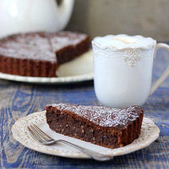 Nut and Chocolate Cake | Food | Pinterest