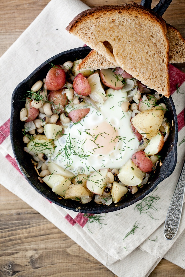 Black-Eyed Peas and Dill Potato Skillet. What a fantastic sounding ...