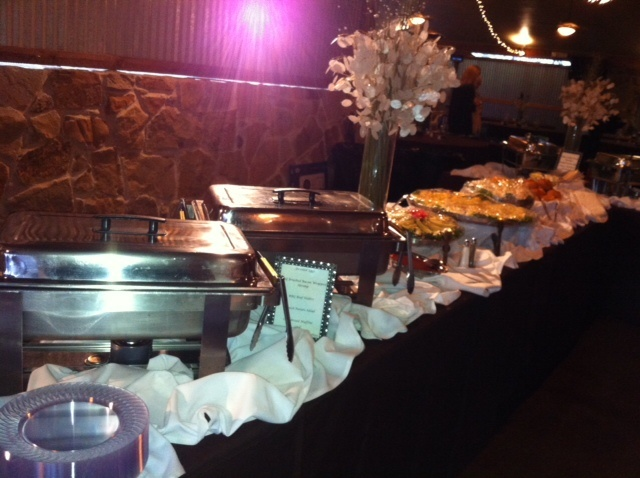 Pin by m molina on food buffets pinterest for Ensemble table buffet