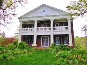 Barber Lake Wi : Lake Ln, Summit, WI 53066 Magnificant Southern Colonial Style Lake ...
