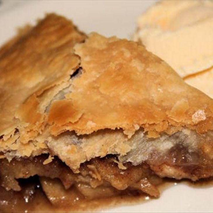 Caramel Pecan Apple Pie Recipe | Food Worth Making | Pinterest