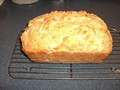 Cheddar Herb Beer Bread | Food | Pinterest