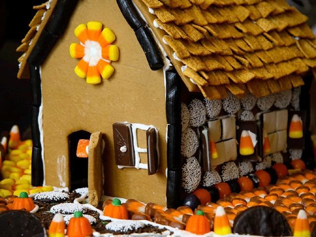 halloween gingerbread house kit