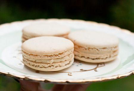 Vanilla Bean Macarons with Salted Butter Caramel Buttercream Filling ...