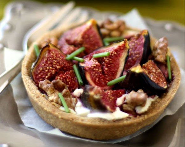 Figs and Goat Cheese Tarts