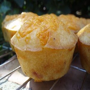 Sweet Cheesy Mango Muffin | Muffins | Pinterest