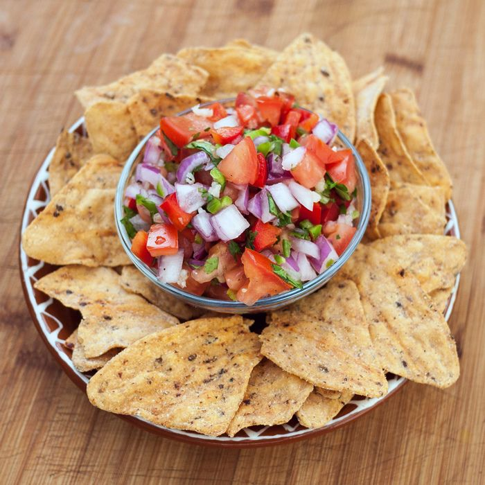 Salsa Fresca: So light and fresh, the perfect snack!