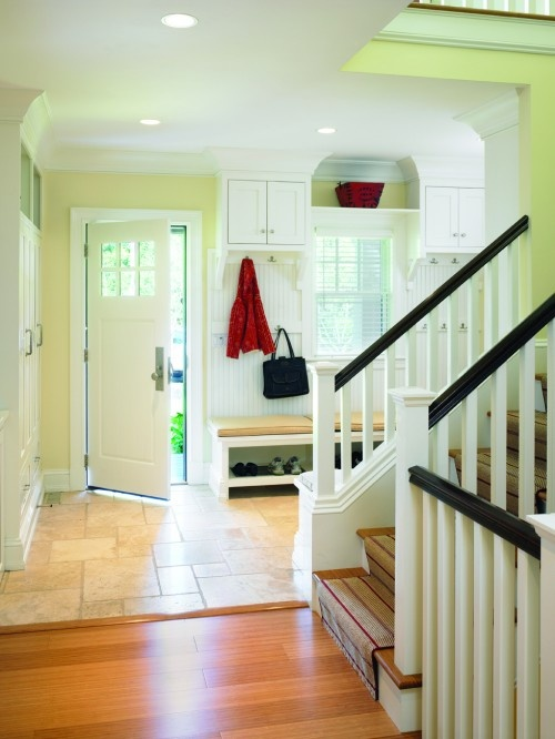 Entryway mudroom hooks and bench diy pinterest Mudroom bench and hooks