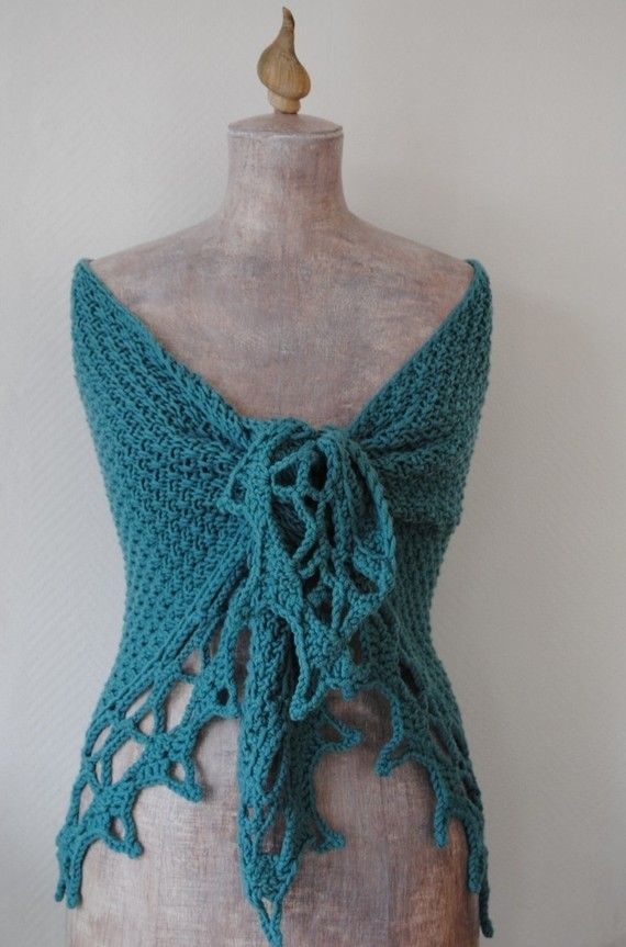 Knitting pattern - Knitted shawl with crochet edging