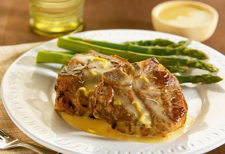 Rosemary Lamb Chops with Lemon Sauce: These exquisite rosemary ...