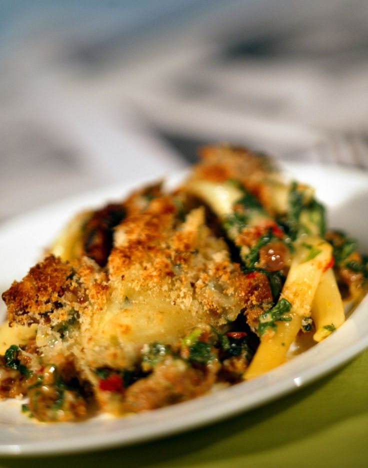 Baked pasta with spinach and sausage | Recipe