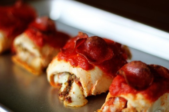 Pizza stuffed healthy chicken breasts. | Food | Pinterest