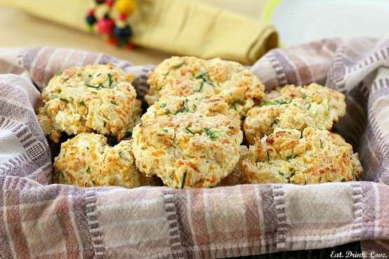 CHEDDAR-CHIVE BISCUITS | Goodies to Try | Pinterest